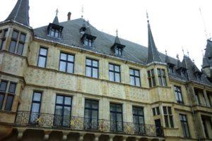 Façade du palais grand-ducal Luxembourg ville.