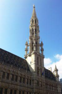 La tour de l'hôtel de ville Bruxelles.