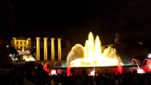 Sons et lumières fontaine magique du Montjuïc Barcelone.