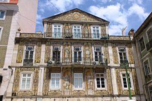 Casa do Ferreira das Tabuletas », recouverte d'azulejos Lisbonne.