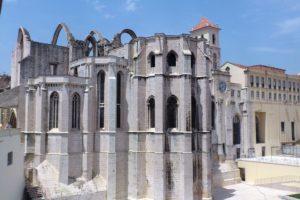 Eglise « do Carmo » ou Convento do Carmo couvent des Carmes Lisbonne.