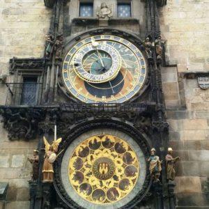 Horloge astronomique place de la Vieille ville Prague.