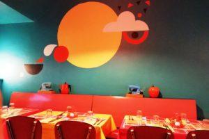 Mur décoré du restaurant la Dinette Lille.