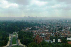 Vue sur Bruxelles du haut de l'atomium.