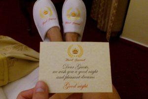 Petit mot et pantoufles de l'hôtel Général Prague