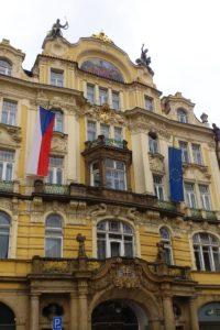 Façade maison place de la Vieille-Ville Prague.