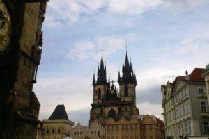 Eglise Notre-Dame-du-Týn place de la Vieille-ville Prague.