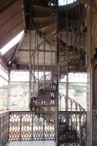 Escalier de l'ascenseur de Santa Justa Elevador Lisbonne.