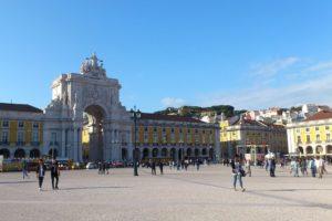 Arc de triomphe place du commerce Lisbonne.