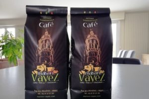 Sachets de café en grain de la maison Vayez à Arras.
