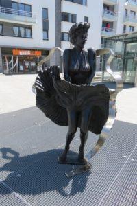 Statue en bronze de Marilyn Monroe à Boulogne-sur-Mer