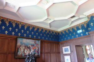 Plafond à caissons dans le fumoir du château d'Hardelot