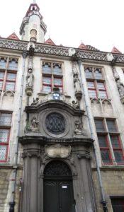 Façade de bâtiment à Bruges